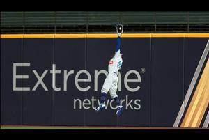 【MLB】2回裏 ベッツのジャンピングキャッチ!! 10/25 レイズvs.ドジャース
