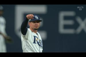【MLB】2回表 華麗にゴロを捌くアダメス 10/18 レイズvs.アストロズ
