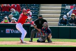 【SPOZONE MLB】<br /> 日本時間17日に行われたインディアンス戦に出場したエンゼルスの大谷翔平は3回裏に迎えた第3打席で2日連続となる2ランホームランを放った。
