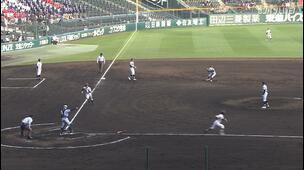 【センバツ高校野球】東海大菅生 - 中京大中京 2回表 中京大中京・杉浦 泰文の打席。一死三塁、ショートゴロの間にランナー生還。一点追加。