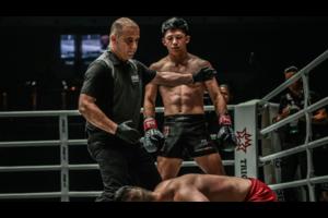 【ONE】今夜 バンタム級キックボクシング 秋元 vs ジャン