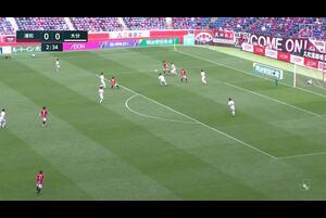J1リーグ第11節 浦和vs.大分。前半3分、浦和・西大伍のゴールシーンです。<br /> 試合詳細:https://soccer.yahoo.co.jp/jleague/category/j1/game/2021042502/summary