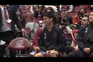 【米須玲音(東山高)】特別指定選手として早くも川崎のベンチに!試合後にファンの前でインタビュー(天皇杯 準々決勝)