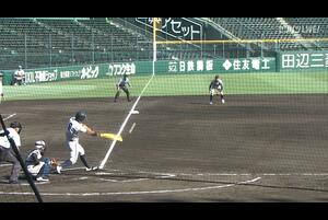 【甲子園交流試合】日本航空石川 - 鶴岡東 1回裏 日本航空石川・小川 純明の打席。二死二塁、レフトへのタイムリーツーベースで一点返し、同点。