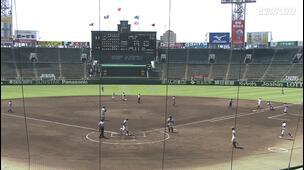 【甲子園交流試合】天理 - 広島新庄 2回裏 天理・下林 源太の打席。二死一、三塁、振り逃げから送球の乱れの間に先制。