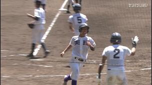 【甲子園交流試合】天理 - 広島新庄 4回裏 天理・下林 源太の打席。二死二、三塁、投球の乱れにより同点。