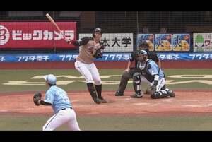 5回表 1アウトランナー2,3塁の場面。北海道日本ハム・宇佐見真吾は千葉ロッテ・美馬学の低めの変化球を上手く捉え、右中間へ打球を運ぶ! 2塁ランナーも悠々生還し、逆転の技あり2点タイムリーヒットとなった! 2020/10/18 千葉ロッテマリーンズ 対 北海道日本ハムファイターズ
