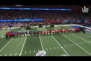 【NFL第53回スーパーボウル】グラディス・ナイトによる国歌斉唱