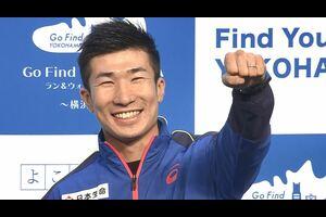 6年ぶりに陸上日本選手権100mで優勝を飾った桐生祥秀が12月11日横浜市限定アプリ「GO FIND YOKOHAMA」のラン&ウォークアンバサダーとしてイベントに登場した。<br /> サプライズで25歳の誕生日ケーキをプレゼントされ笑顔がはじけ飛んだ桐生。コロナ禍でより一層応援の声が力になるとファンの方に感謝し、2021年25歳で迎える東京五輪のシーズンについて「日本記録奪還」と力強く目標を語った。<br /> <br /> 【追跡LIVE!SPORTSウォッチャー】<br /> テレビ東京:月~金曜夜11時58分/土曜夜11時/日曜夜10時54分<br /> BSテレ東:土曜深夜1時/日曜深夜1時45分<br /> <br /> Twitter:https://twitter.com/TVTOKYO_sports<br /> Instagram:https://www.instagram.com/sportswatcher/<br /> Facebook:https://www.facebook.com/tx.sportswatcher<br /> <br /> 【テレビ東京スポーツ】<br /> 卓球、ソフトボール、競馬、野球、サッカー などメジャー・マイナー競技のスポーツ情報を発信。テレビ東京 独自の取材、現役選手・監督の貴重なインタビューなども随時掲載。<br /> <br /> ▼チャンネル登録よろしくお願いします▼<br /> https://www.youtube.com/tvtokyo_sports