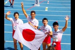 スペイン・マラガで開催された世界マスターズ陸上2018で、男子400mリレー(45歳クラス)に、武井壮、朝原宣治らが出場。1走に武井壮、アンカーに朝原宣治で世界記録43秒42の更新に挑んだ結果、43秒77でわずかに届かなかったものの、金メダルを獲得した。