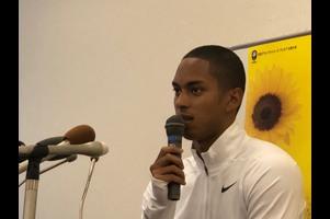 グランプリ男子100mに出場するケンブリッジ飛鳥選手の前日記者会見の様子をご紹介します。<br /> 明日に向けて、今現在のコンディションについてや海外でのトレーニングのことなどを語っていただきました。<br /> <br /> 【ライブ配信はこちらから】<br /> http://www.jaaf.or.jp/gp-series/