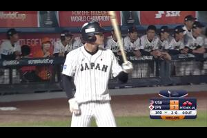 3回裏、石川が 0アウト満塁の2-0からレフトへのタイムリーヒット