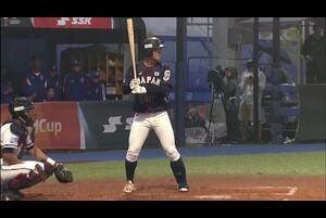 1回表、ランナー2塁の3-2から石川のレフトへのタイムリーヒットで日本先制