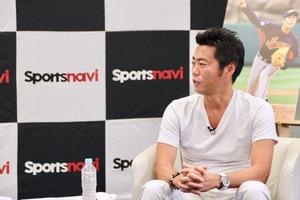 長年、野球日本代表で活躍してきた上原浩治氏に語る世界で戦える条件を教えてもらいました。Vol.2では日の丸のユニホームを着る後輩たちへメッセージを送ってもらいました。<br /> <br /> 「上原浩治が期待する侍ジャパンVol.2 日の丸のユニホームを着る選手へ」はスポーツナビアプリでご覧いただけます。