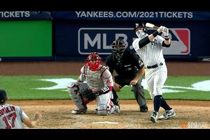 【SPOZONE MLB】ヤンキースのフレイジャーは、3打数3安打1本塁打5打点の活躍でチームを勝利に導いた。