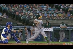 【SPOZONE MLB】0-1で迎えた5回の表、アスレチックスはラウレアーノに3ランが飛び出し逆転に成功した。