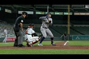 【SPOZONE MLB】<br /> 現地30日にオリオールズの本拠地で行われたヤンキース戦、1点ビハインドで迎えた9回表一死一、二塁でヤンキースのアーロン・ジャッジが試合をひっくり返す3ランホームランを放った。試合はそのまま8-6でヤンキースが勝利。