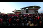 浦和と鹿島、キックオフを待ちわびる両チームのファン・サポーター。明治安田生命2016Jリーグチャンピオンシップ 決勝 第2戦 浦和vs鹿島 2016年12月3日(土)19:30に埼玉スタジアム2002でキックオフ!NHK総合/スカパーで生中継!