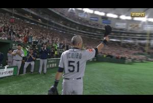 【MLB】イチローが8回裏に交代 チームメートと抱擁、ファンも総立ち 3/21 アスレチックスvs.マリナーズ