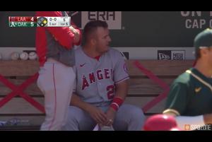 【スポーツナビMLB】<br /> 5回表無死一、三塁でエンゼルスのトラウトの犠牲フライで1点差へ詰め寄る。
