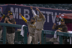 【MLB】8回表 カストロの2点タイムリー二塁打でパドレスが勝ち越し 9/3 エンゼルスvs.パドレス