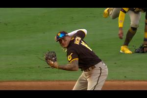 【MLB】8回裏 マチャドの華麗なファインプレー!! 9/4 エンゼルスvs.パドレス