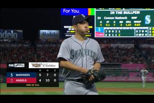【スポーツナビMLB】4/21(日本時間)エンゼルスの本拠地で行われているマリナーズ戦で先発している菊池雄星は、5回裏、先頭打者シモンズに二塁打、ルクロイの右安打で1失点。後続に四球を許しグッドウィンの右三塁打で1失点でこの回計2失点。