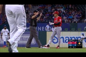 【スポーツナビMLB】7/4(日本時間)敵地でのレンジャーズ戦に3番DHで先発出場しているエンゼルスの大谷翔平は、6回表無死走者なしで迎えた第3打席で初球を捉え、右中間への二塁打を放った。