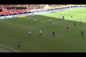 スペインサッカー、ラ・リーガ第3節バレンシアCFvsSDウエスカのハイライト動画です。<br /> 試合詳細:https://soccer.yahoo.co.jp/ws/game/top/20114922