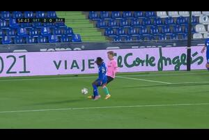 スペインサッカー、ラ・リーガ第6節ヘタフェCFvsFCバルセロナのハイライト動画です。<br /> 試合詳細:https://soccer.yahoo.co.jp/ws/game/top/20114950