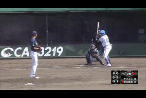 4月18日(日)、CAR3219フィールドで行われた埼玉西武ライオンズ対東京ヤクルトスワローズの一戦で、2回裏、西武・ジョセフ選手の打球をヤクルトショート・武岡龍世選手がキャッチし、グラブトス。セカンドをアウトにしたファインプレーが出た。