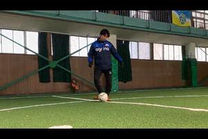 【サッカー練習メニュー】置いたボールを蹴る(1)