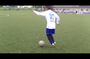 【サッカー練習メニュー】ドリブル練習①_インサイド・アウトサイド