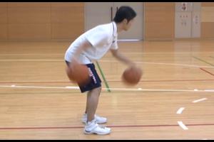 【バスケ練習メニュー】2ボール その場で前後
