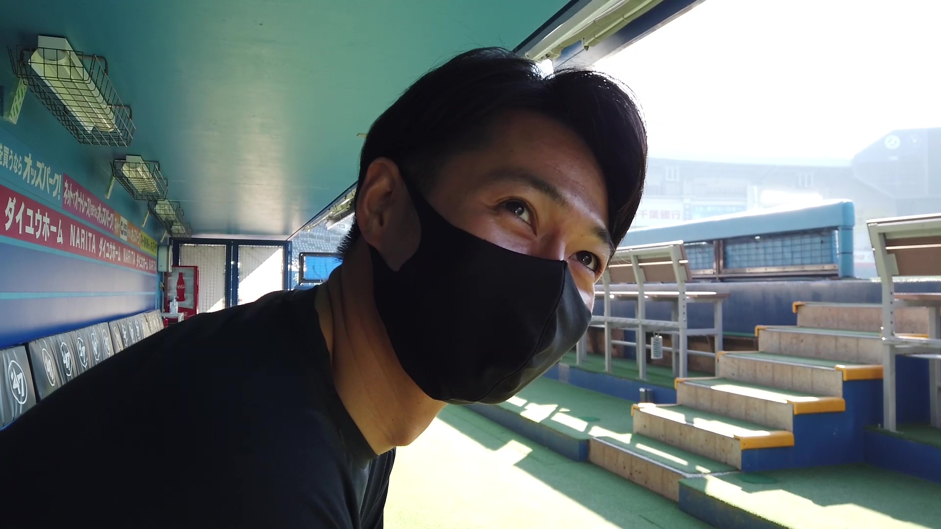 唐川侑己「ヨガ男」宣言!?【広報ミニカメラ】