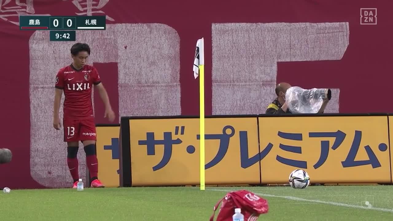 鹿島・犬飼智也、相手DFに競り勝ちヘディングシュートを決め先制ゴール!【第20節】鹿島 vs 札幌