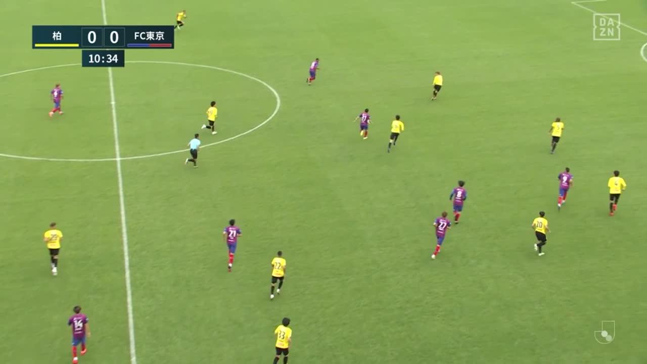 FC東京・ディエゴ オリヴェイラ、折り返しパスをヘディングで押し込み先制点!【第14節】柏 vs FC東京