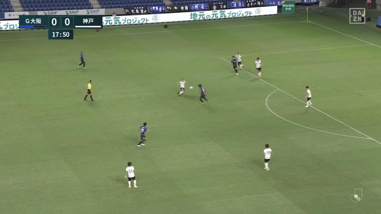 G大阪・パトリック、前線に走り込みクロスに右足で合わせ先制点を挙げる!【第22節】G大阪 vs 神戸