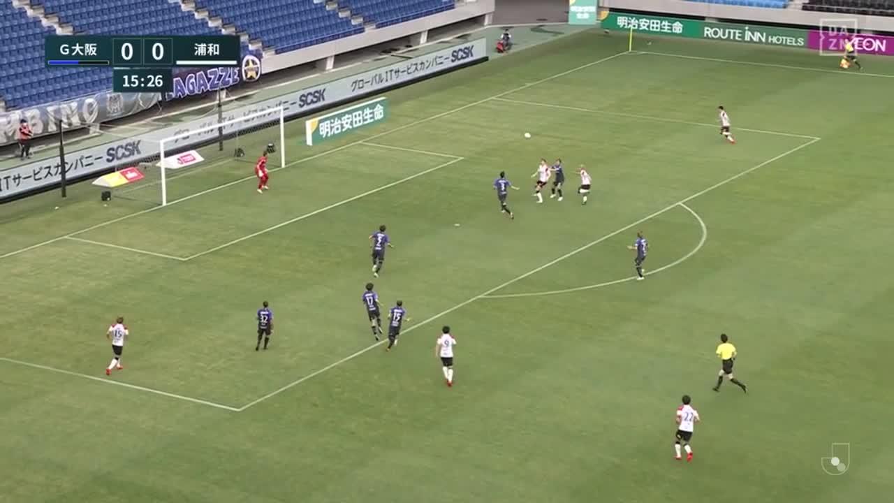 浦和、クロスに反応したキャスパー ユンカーが力強いヘディングで先制ゴール!【第14節】G大阪 vs 浦和