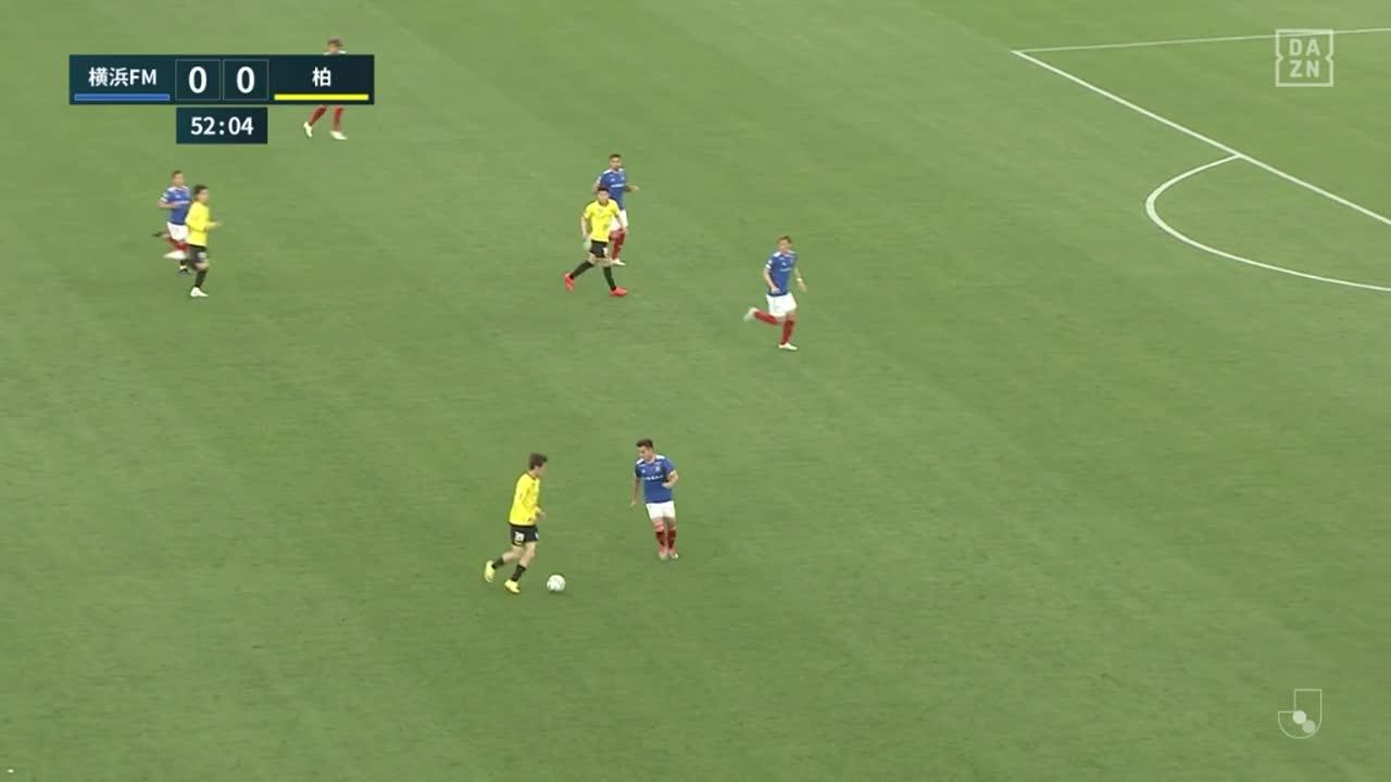横浜FM・前田大然、並外れたスピードで駆け上がり相手のボールを奪う【第15節】横浜FM vs 柏