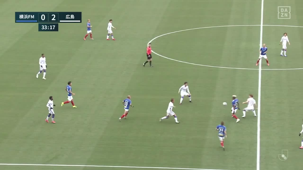 横浜FM、岩田智輝のロングパスから前田大然が落ち着いてゴールを決める!【第2節】横浜FM vs 広島