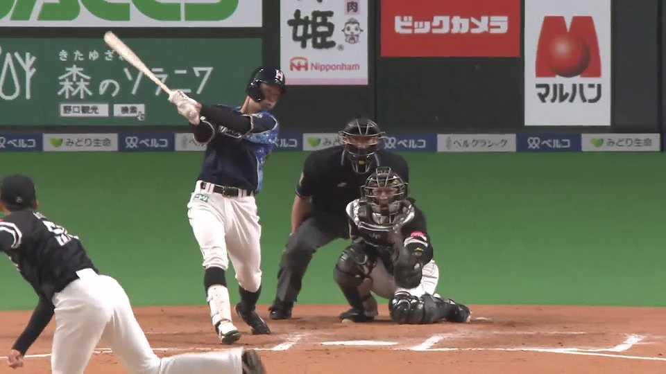 【7回裏】ファイターズ・石井がレフトスタンドへソロホームランを放つ!! 2021/5/15 F-H