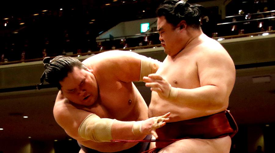 【相撲協会公式・今日の一番】三日目 隆の勝-横綱・照ノ富士