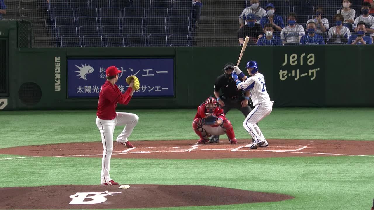 1回裏、伊藤光選手がレフトスタンドへ第2号ソロホームランを放つ!