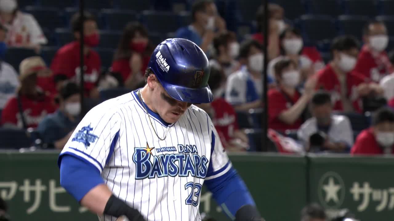 3回裏、オースティン選手の第15号満塁ホームランで突き放す!